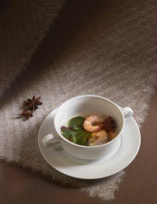 consommé de boeuf huitre pochée et langoustine , Guy Guilloux