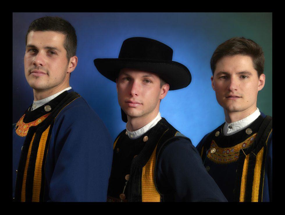 costumes hommes du pays Glazig